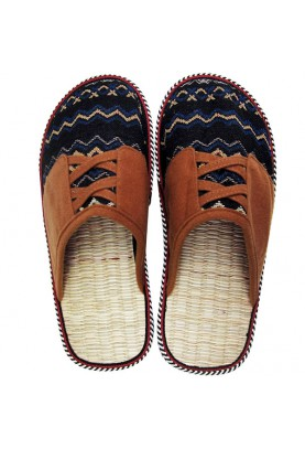 "Carpet slippers ""Lapland"""